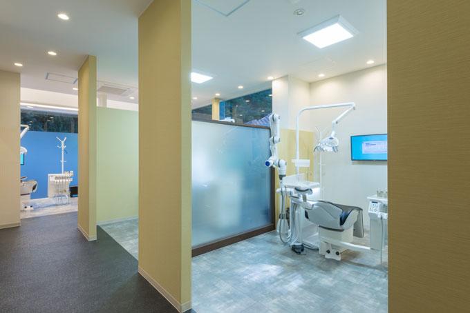 さとり歯科医院内診察スペース
